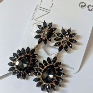 NWT Black Gem Drop Earrings